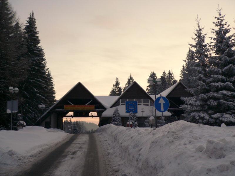 Przełęcz Glinna - dawne przejście graniczne