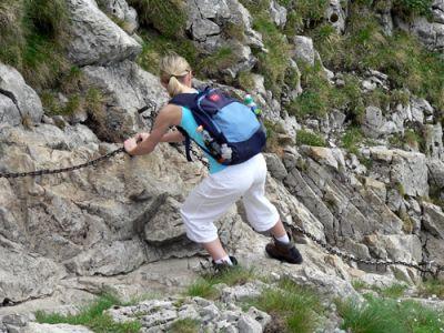 Agnieszka dzielnie walczy ze śliskimi kamieniami  fot. Lowell