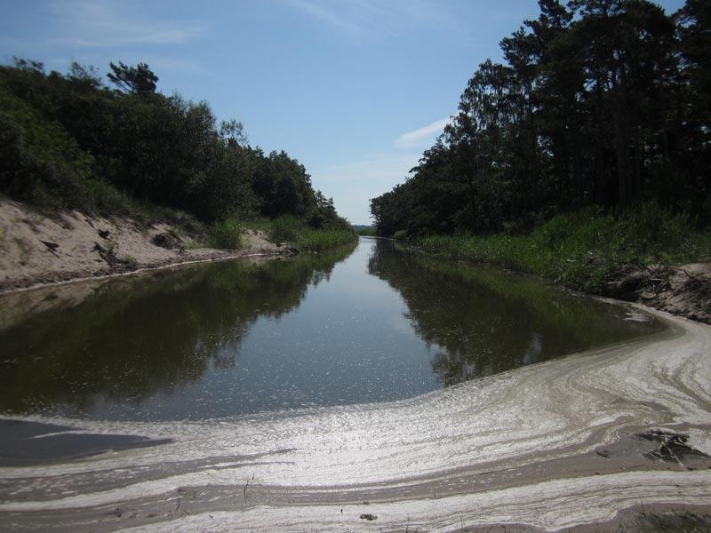 Kanał łączący jezioro Kopań z Bałtykiem