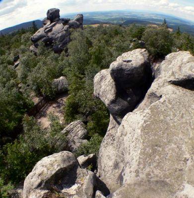 Widok z Tronu Liczyrzepy - ziemia jak widać nie jest płaska... Fot. Lowell